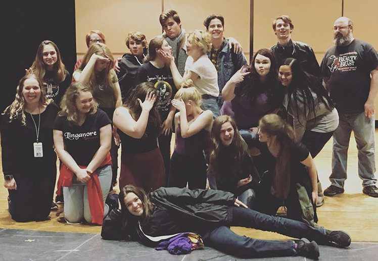 Drama+students+pose+onstage+after+a+day+of+doing+workshops