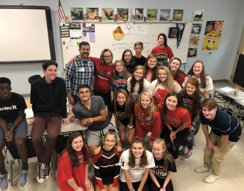 Journalist Rusty Ray visits high school home, Lancer Media:  Photo of the Day 10/11/19