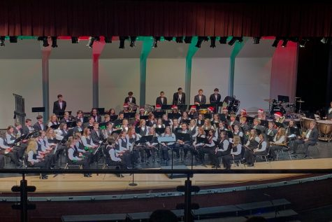 Carols welcomed in the winter season at Holiday Concert: Photo of the Day 12/11/19