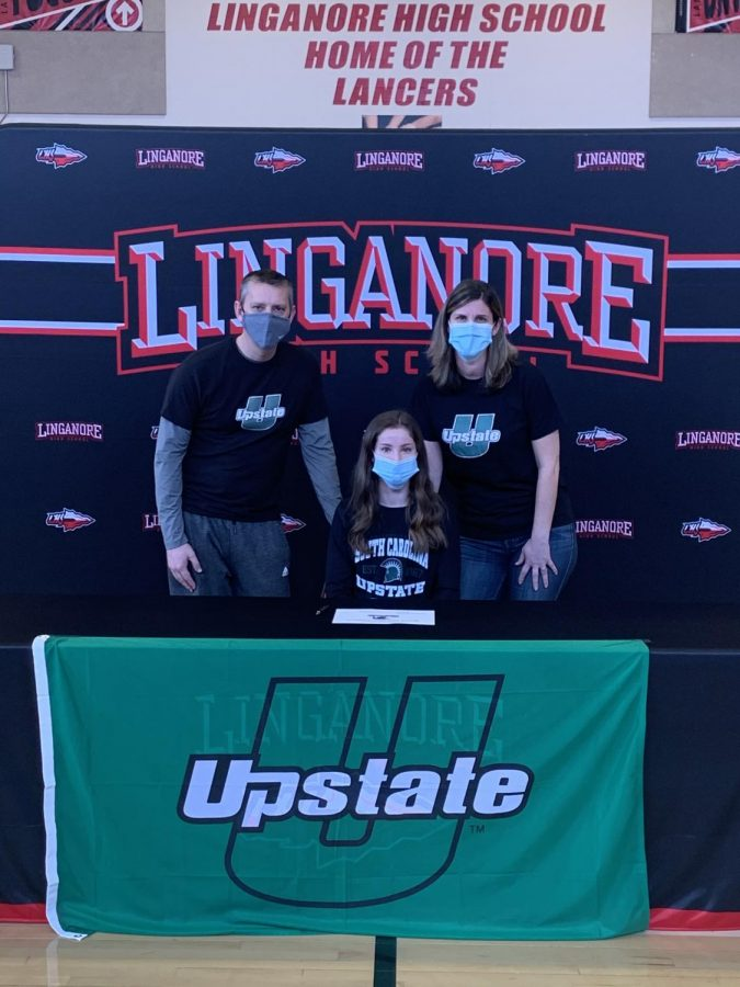 Julia Gladhill signs her National Letter of Intent to South Carolina Upstate.